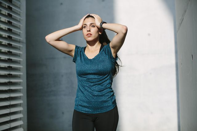 jonge vrouw met een doel om te blijven lopen