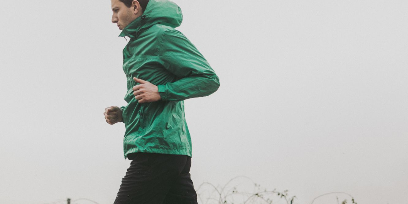 how to dress for run in rain