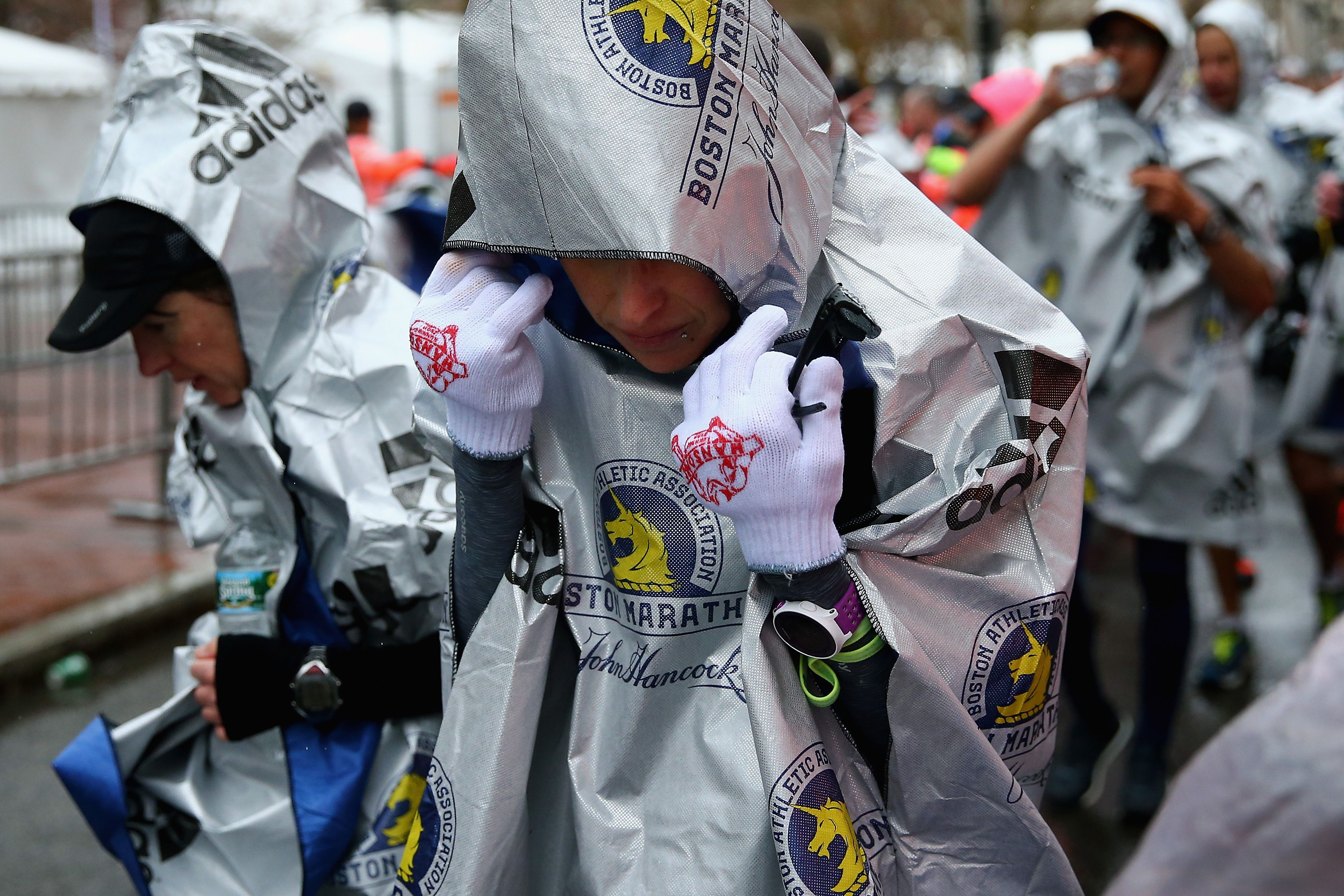 Race Directors Should Stop Letting Runners Freeze at the Start Line