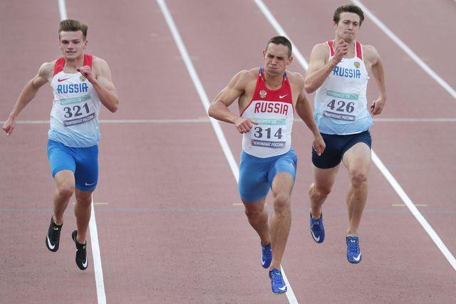 tres atletas rusos compiten en los campeonatos nacionales de atletismo de 2020 en chelyabinsk