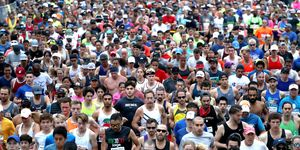 how many miles to run a week marathon training study
