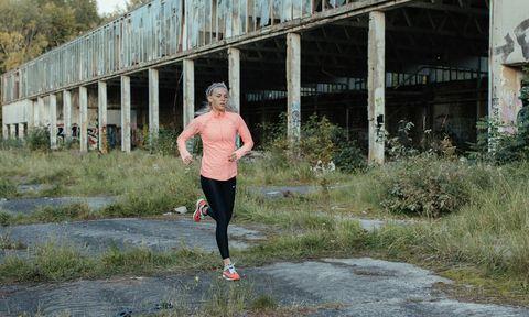 hardloopdoel, materiaalkeuze, materiaal, hardloopschoenen, onderkleding, shirts, shorts, bescherming, doel, Runnersworld winkel