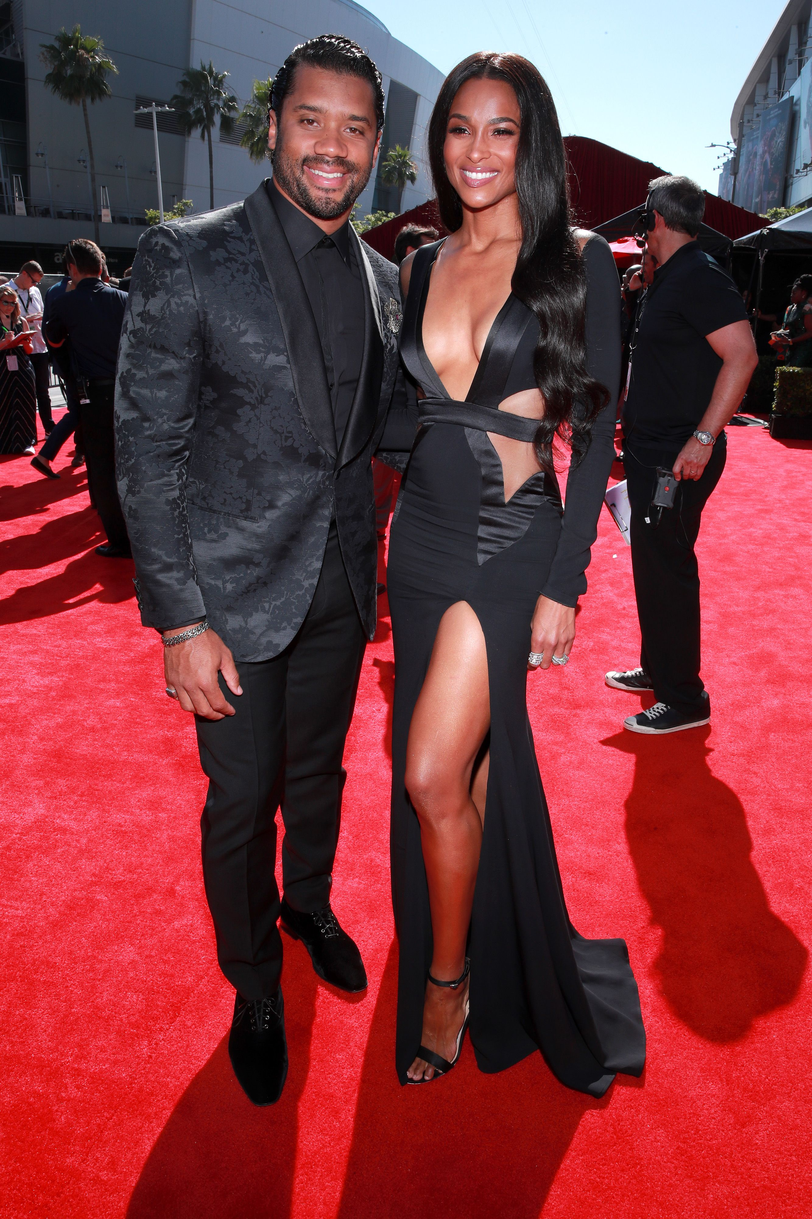 Ciara And Russell Wilson Donate One Million Meals To Food Bank