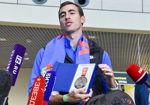Russian athlete Shubenkov welcomed at Domodedovo Airport