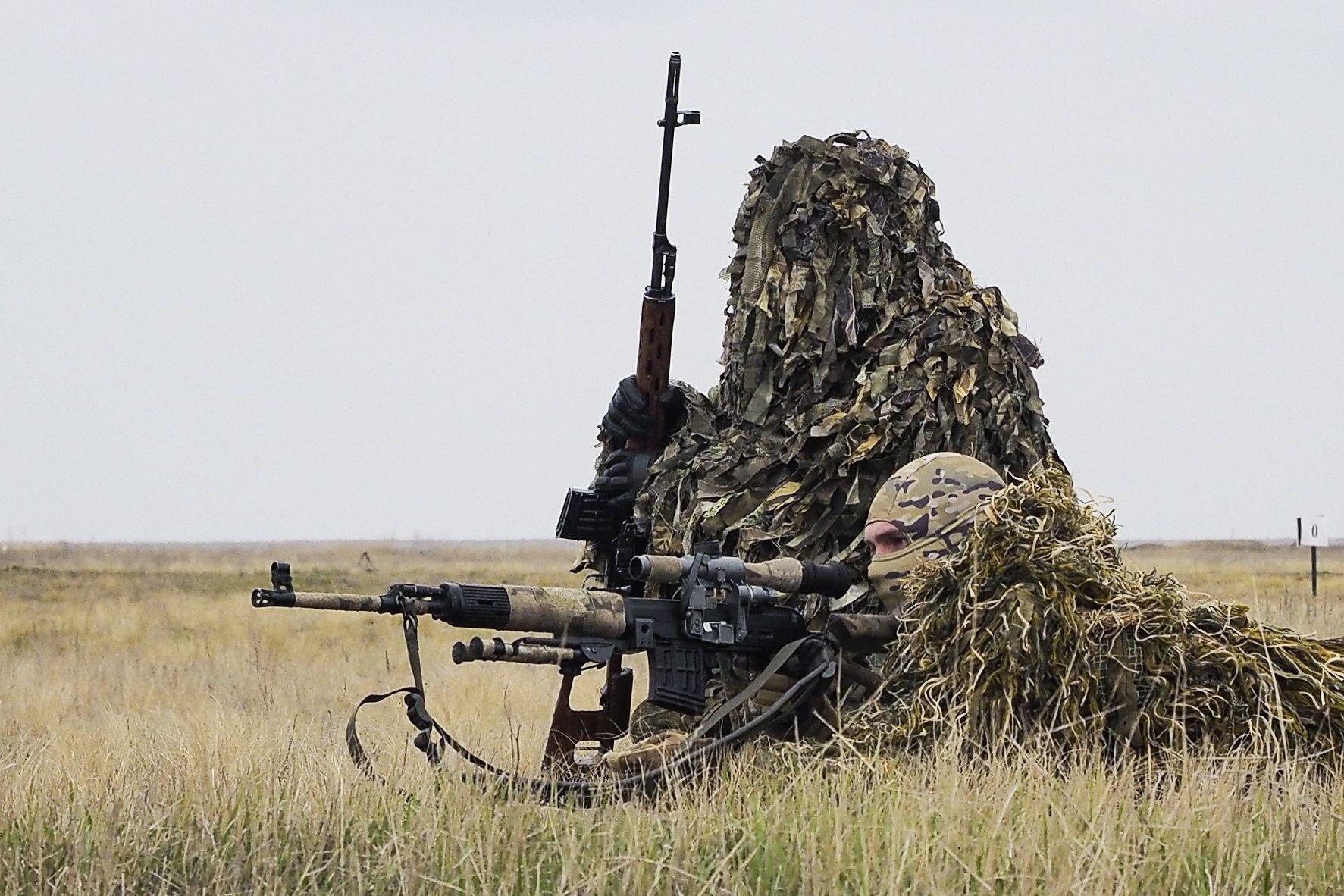 Competiciones de tanques de biatlón, Suvorov Onslaught y Sniper Line.