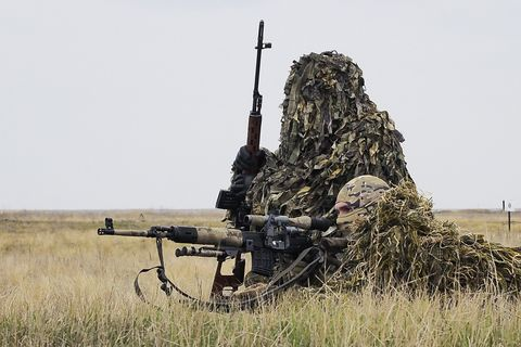 Competencias del ejército Tank Biathlon, Suvorov Onslaught y Sniper Line