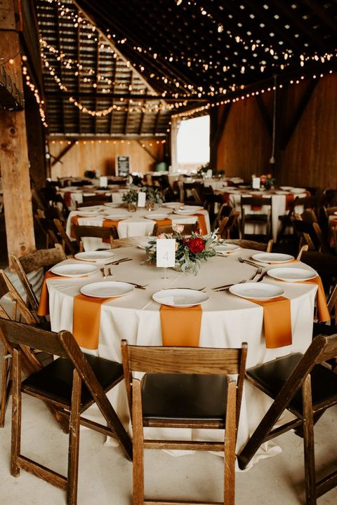 rust table linens fall wedding idea