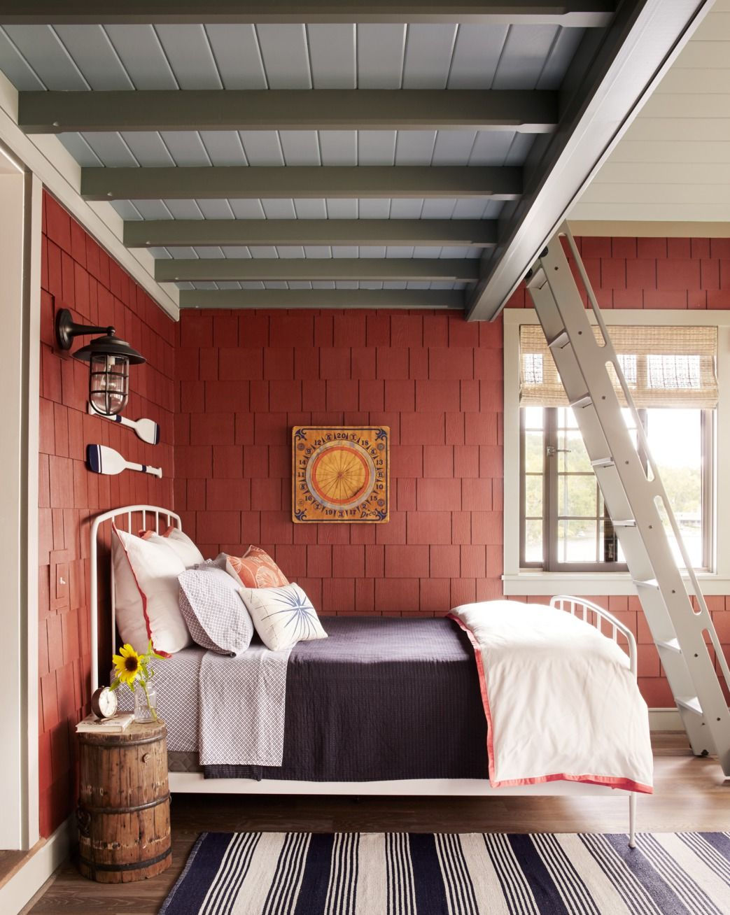 27 Rustic Bedroom Ideas - Rustic Decorating Ideas