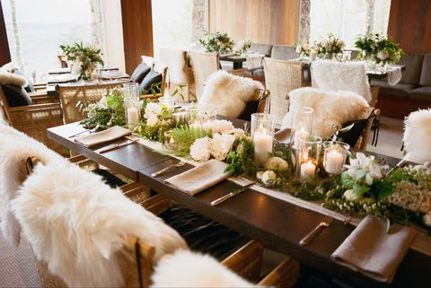 20 Easy Rustic Centerpieces For Winter Christmas Table Decorations