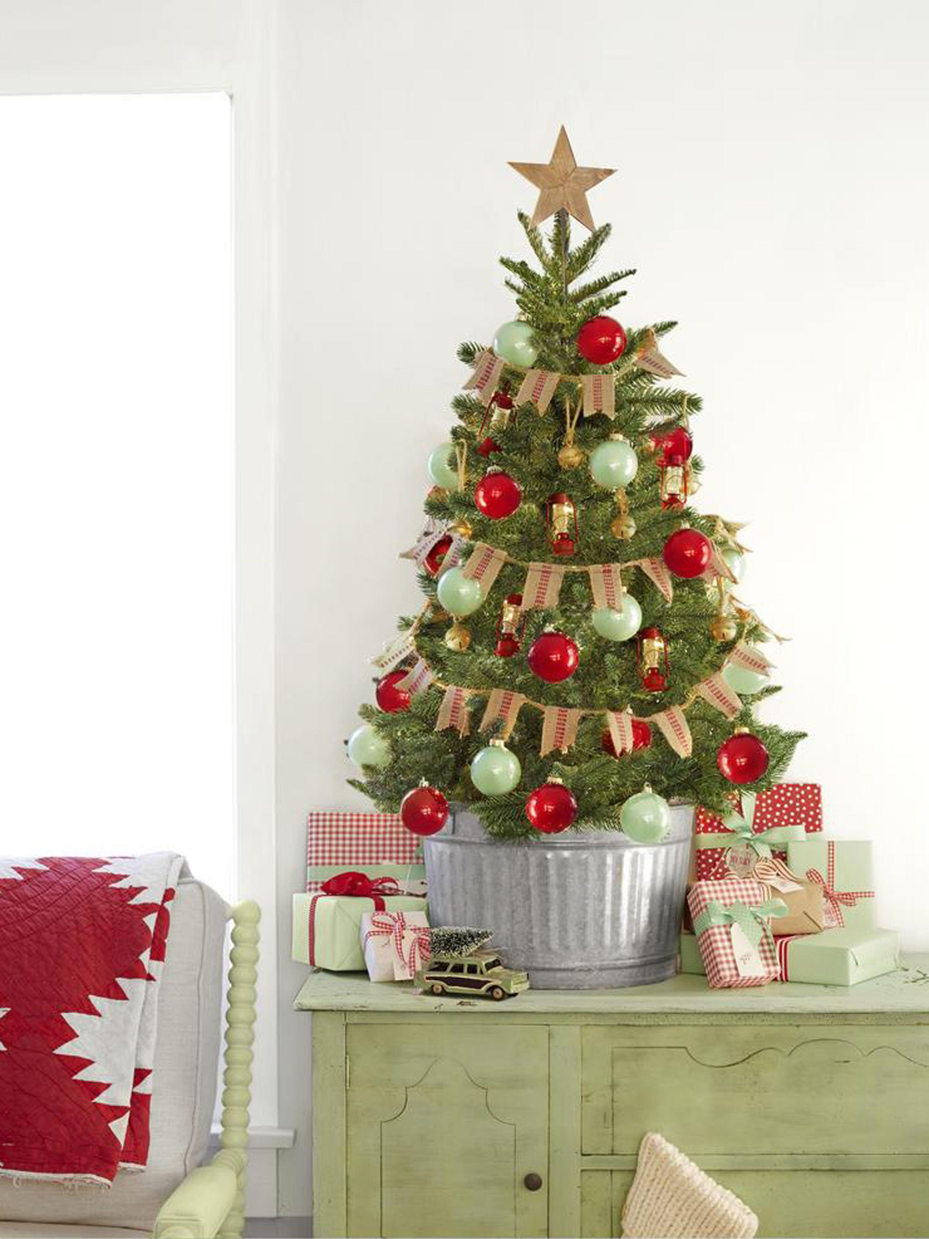 rustic christmas trees burlap bunting