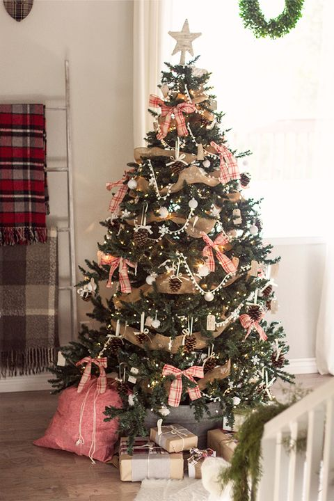 30 Rustic Christmas Trees - Ideas for