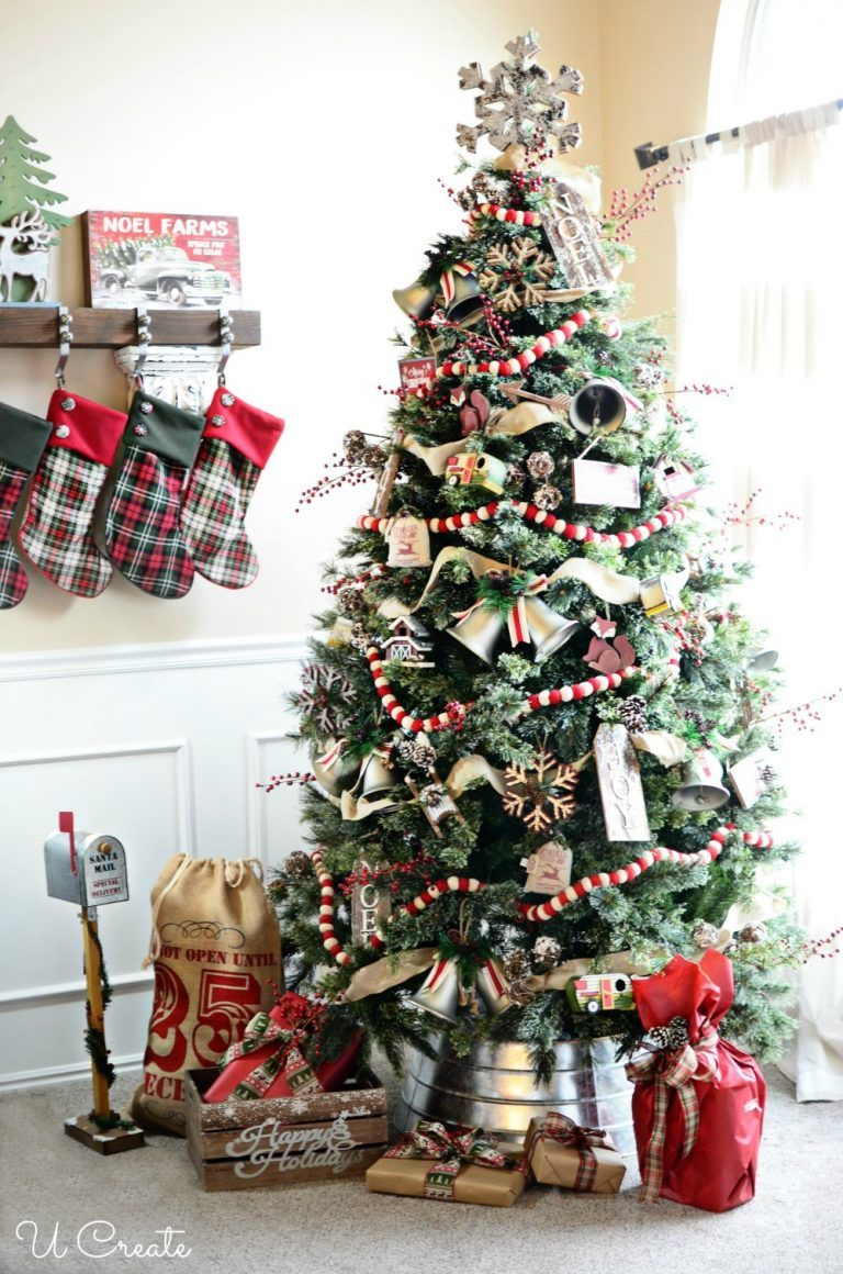 30 Rustic Christmas Trees , Ideas for Country Decorations on