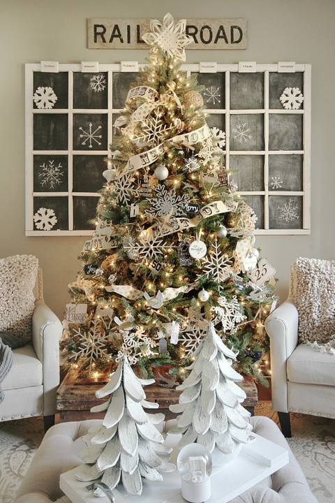 Rustic Christmas Decorating Ideas.25 Rustic Christmas Trees Ideas For Country Decorations On
