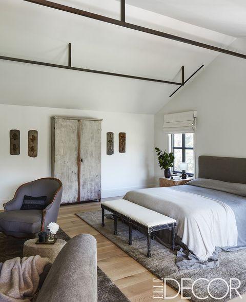Rustic Decor Minimalist Bedroom