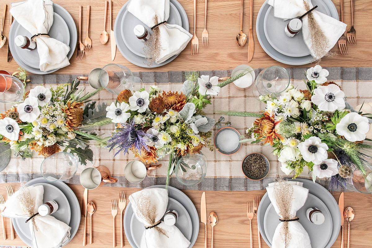 55 Best Thanksgiving Table Settings to Wow All Your Holiday Guests