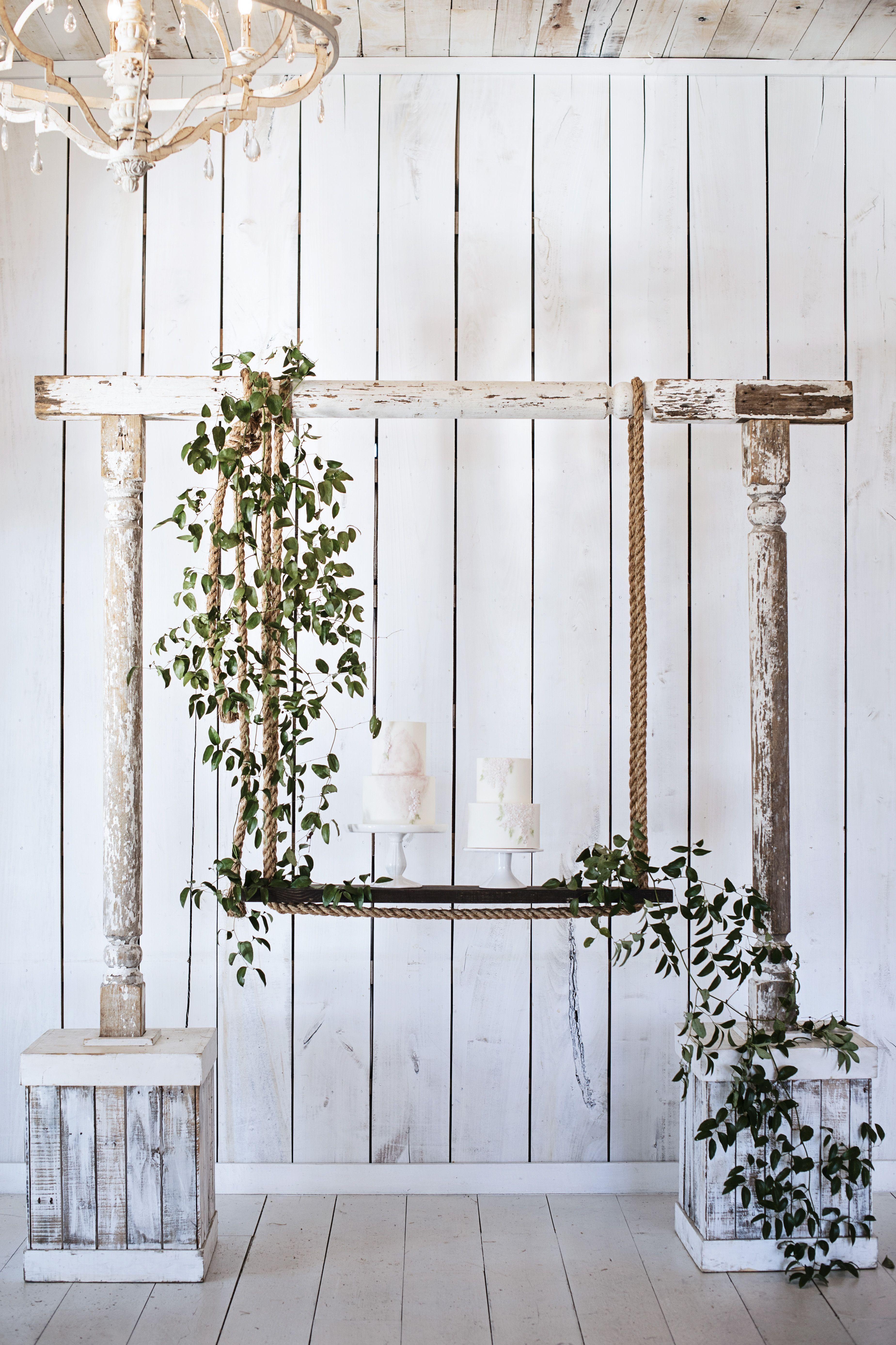 rustic wedding swing cake stand