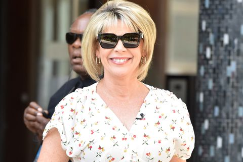ruth langsford and dog maggie at bathtime