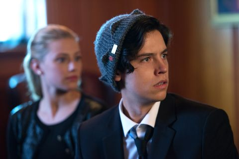 Riverdale star cole sprouse has his twitter hacked cole sprouse image m4hsunfo