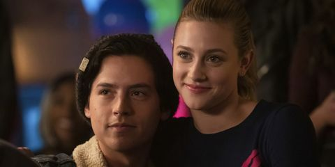 cc56b00f6e Did Lili Reinhart and Cole Sprouse Break Up  - Riverdale Stars ...