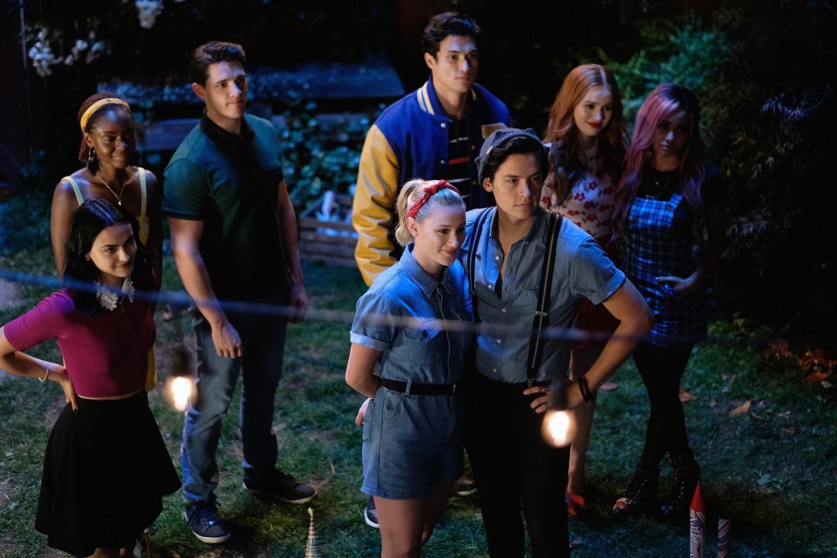 4 Seasons Group riverdale season 4 news, cast, air date, trailer & spoilers