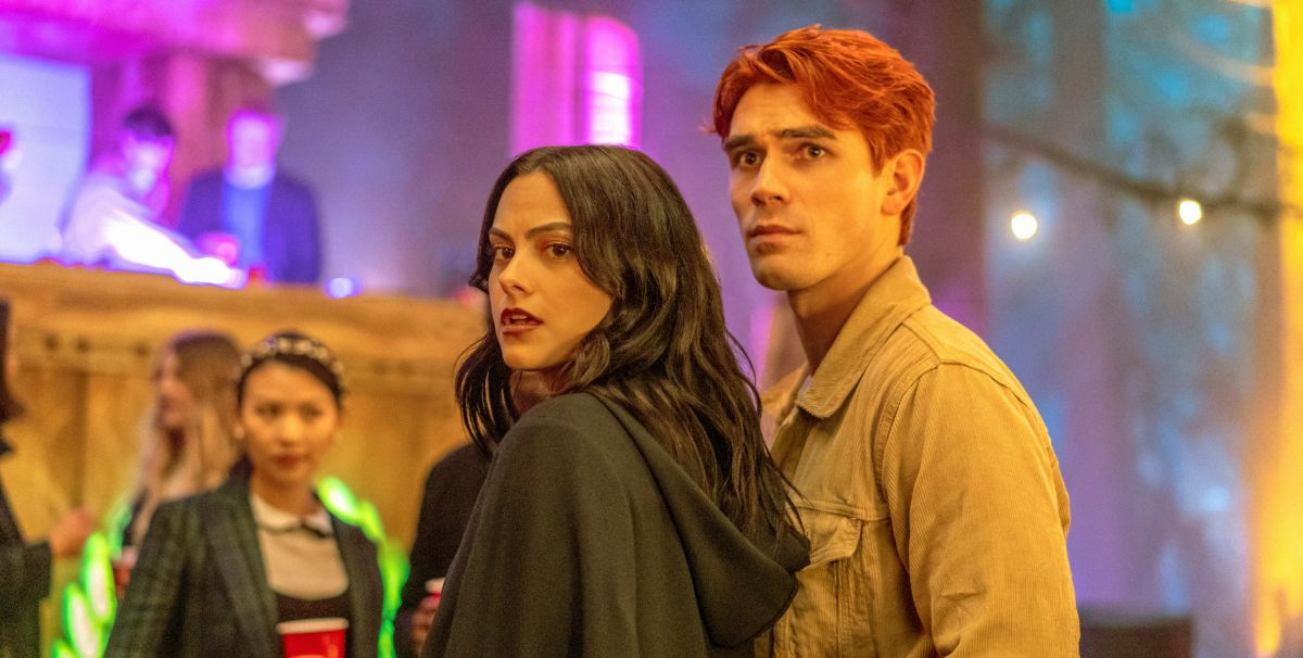 """Despite Production Delays """"Riverdale"""" Season Four Will Be Returning Very Soon"""
