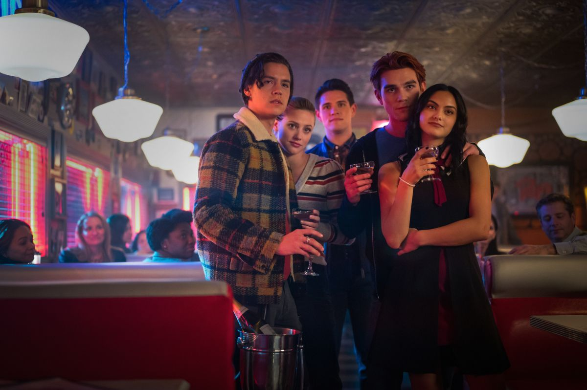 "Riverdale"" Creator Confirms Season 5 Will Have a Time Jump"