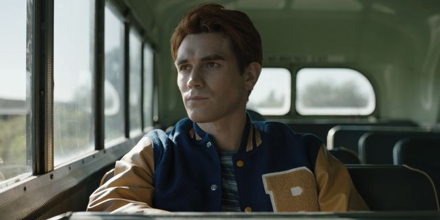 """riverdale    """"chapter seventy nine graduation""""    image number rvd503fg0109r    pictured kj apa as archie andrews    photo the cw    © 2021 the cw network, llc all rights reserved"""