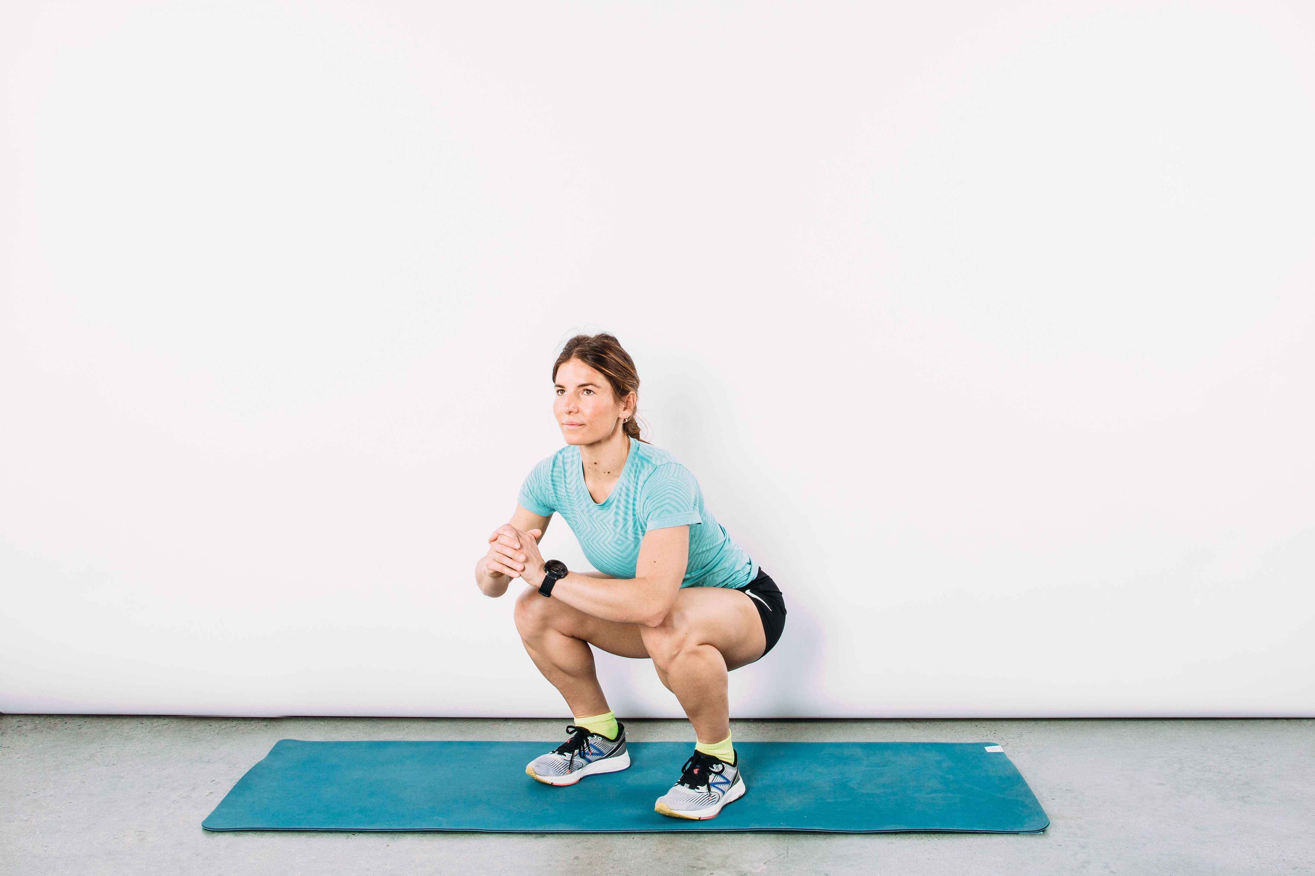 Here's Exactly How to Do Squats the Right Way (Plus Variations to Try)