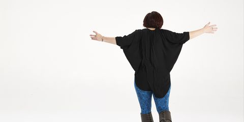 Sleeve, Denim, Shoulder, Jeans, Textile, Standing, Joint, Jacket, Elbow, People in nature,