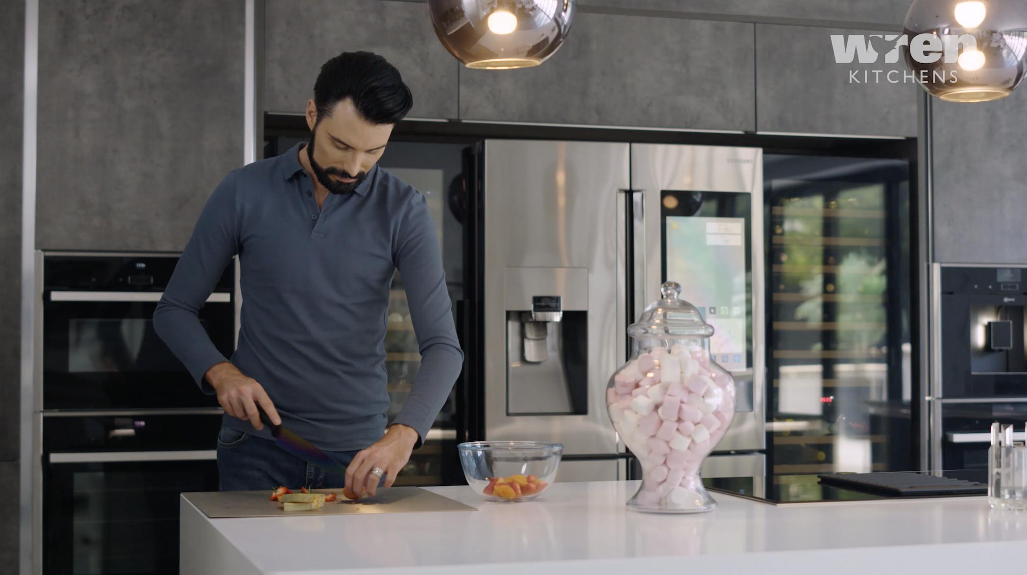 Strange Video Tour Rylan Clark Neals Swanky Kitchen In His Essex Home Interior Design Ideas Clesiryabchikinfo