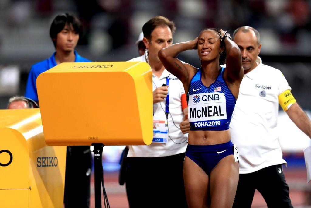 La campeona olímpica de 100 metros vallas Brianna McNeal, suspendida provisionalmente