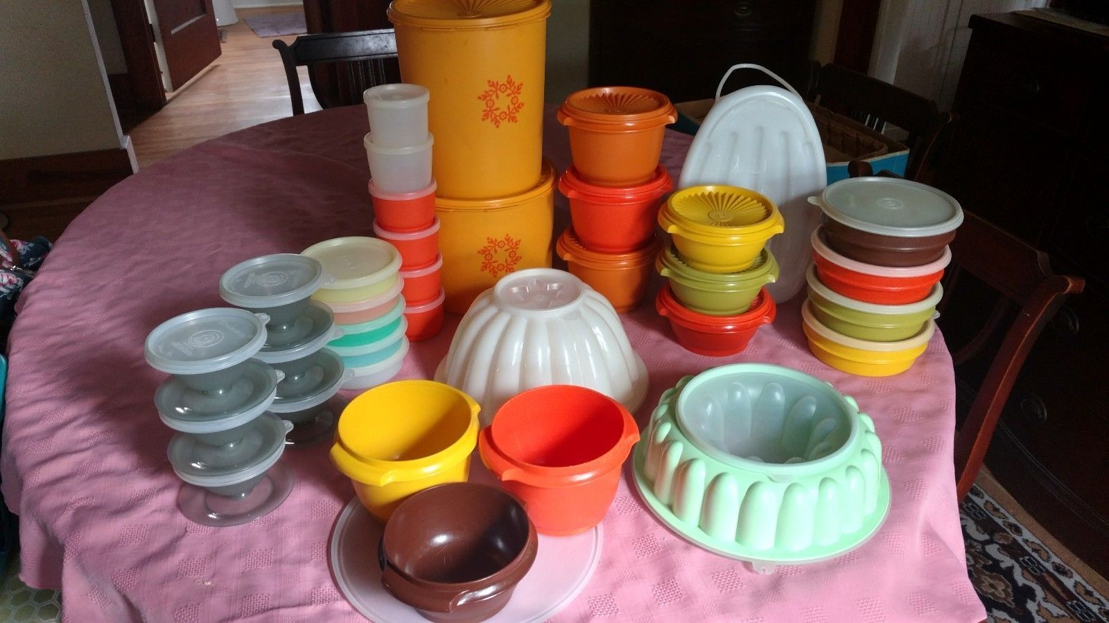 Your Old Tupperware May Be Worth a Lot More Than You Think