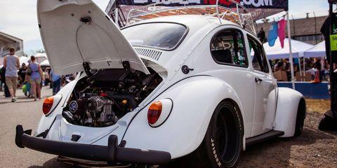 Land vehicle, Vehicle, Car, Motor vehicle, Coupé, Classic, Volkswagen beetle, Antique car, Classic car, Subcompact car,