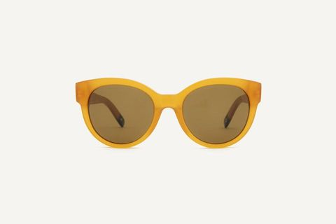 Eyewear, Sunglasses, Glasses, Yellow, Personal protective equipment, Goggles, Orange, Vision care, aviator sunglass, Beige,