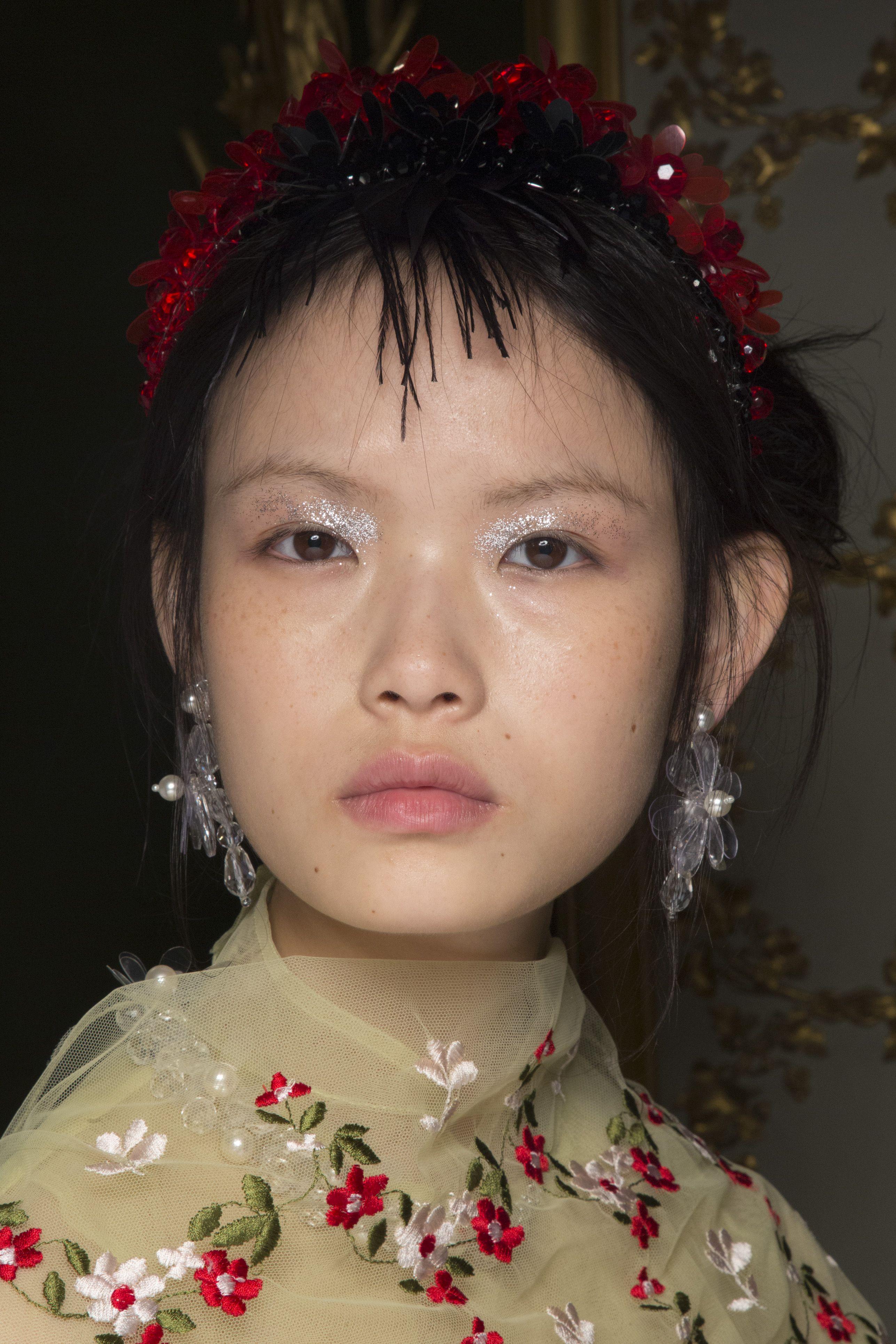 Glitter Makeup Ideas