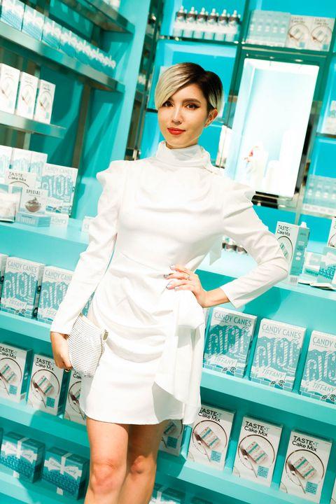 Clothing, Skin, Beauty, Fashion design, Neck, Sleeve,