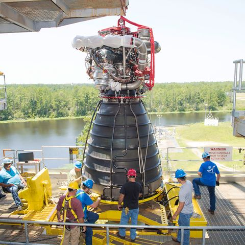 rs25 engine nasa sls  - s18 028 ssc 20180723 s00650 rs 25 engine 1625075949 - The Space Shuttle Engines Will Rise Again