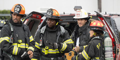 Firefighter, Emergency service, Fire department, Rescuer, Emergency, Fire marshal, Workwear, Job, Blue-collar worker, Personal protective equipment,