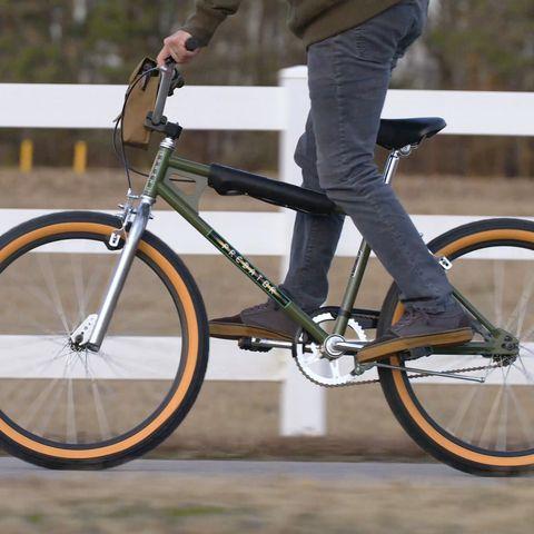 Stranger Things Temporada 3 Lucas bike