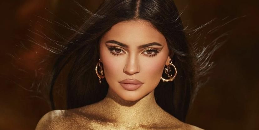 Kylie Jenner Is Naked, Painted Gold, And Wearing Nothing But A Thong