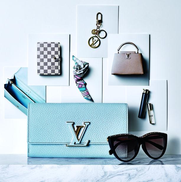 Illustration, Wall, Design, Shelf, Graphic design, Technology, Glasses, Furniture, Room,