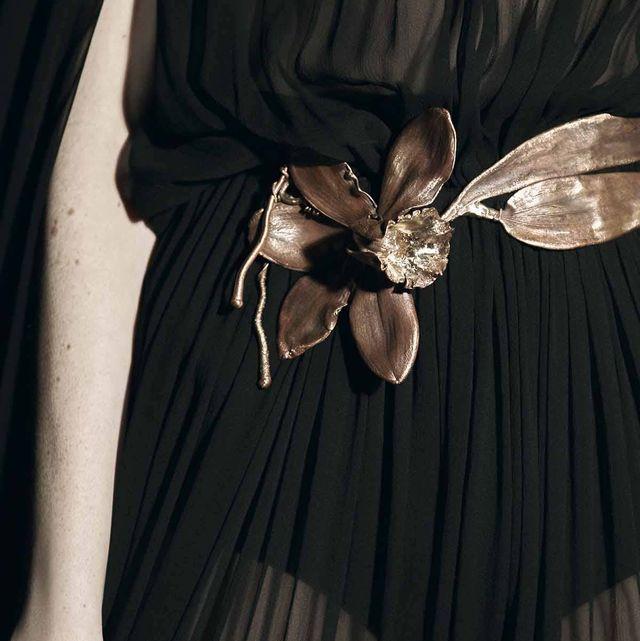 Brown, Day dress, Satin, Body jewelry, Embellishment, Ribbon, One-piece garment, Silver, Wing,