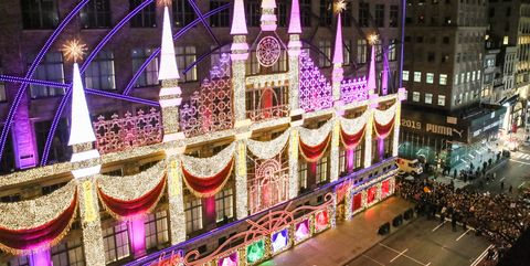 """Saks Fifth Avenue & Broadway Cares/Equity Fights AIDS unveil: """"Theater of Dreams"""" 2018 Holiday Windows and Light Show"""