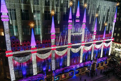 "SAKS FIFTH AVENUE CELEBRATES ANNUAL HOLIDAY WINDOW UNVEILING WITH DISNEY'S ""FROZEN 2"": WITH SPECIAL PERFORMANCE BY IDINA MENZEL"