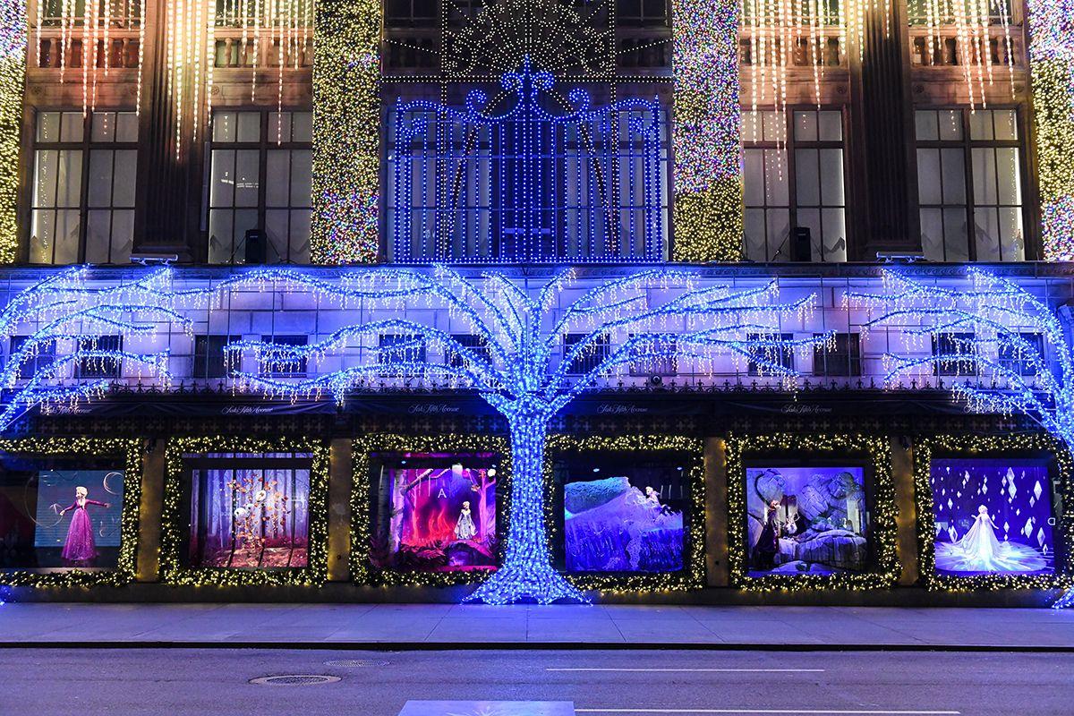 Saks Christmas Windows 2020 The Best Christmas Windows in NYC   Holiday Window Displays to