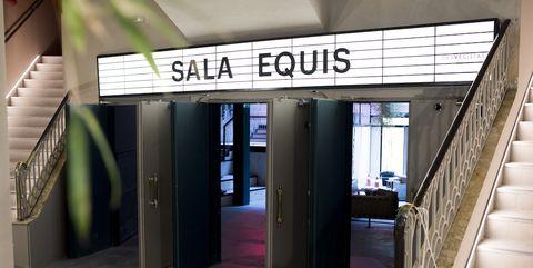Sala Equis: Reabre el último cine porno de Madrid como sala de proyecciones y restaurante