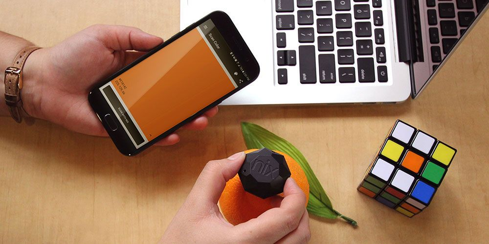 This Pocket-Sized Sensor Can Identify The Exact Color of Anything