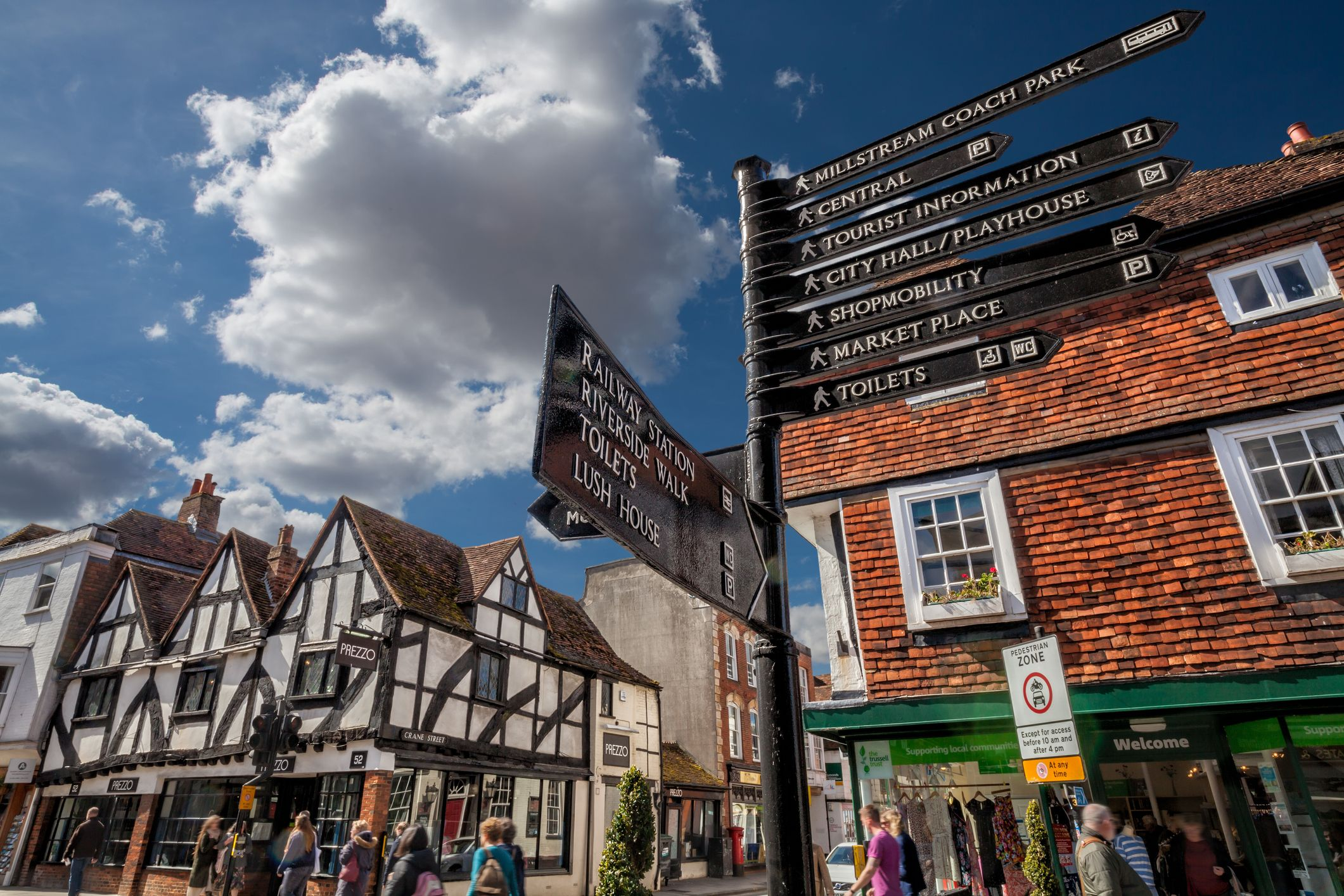 Best places to live around reading uk