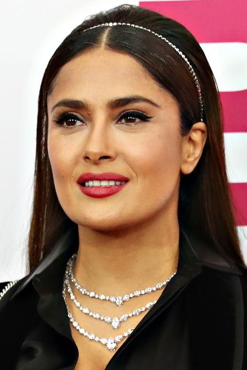 How to recreate Salma Hayek's glamorous red carpet look