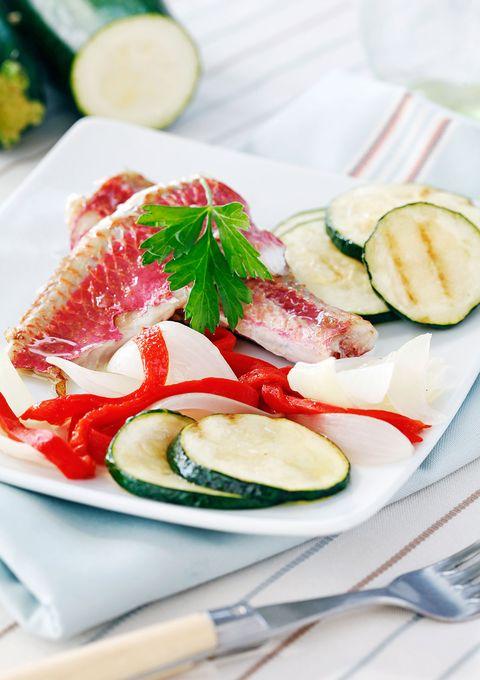 receta salmonetes con verduras paso a paso